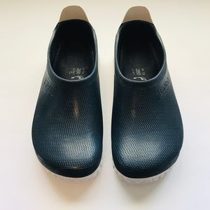 Birkenstock Blue and White Clogs